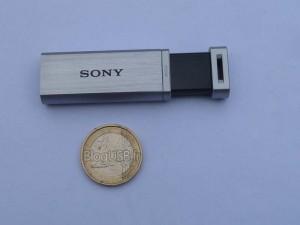 Sony - MicroVault Mach